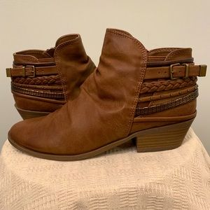 Leather, braided ankle booties